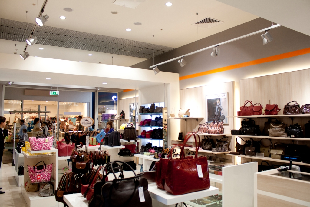 Компания ТРИНОВА выполнила работы по освещению магазина EQUIPAGE, расположенного в ТЦ МЕГА БЕЛАЯ ДАЧА.